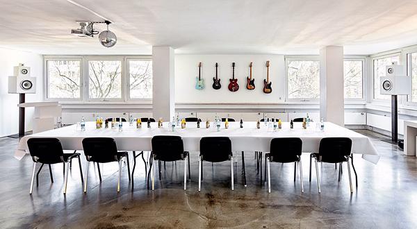 seminar raum in stuttgart. Black Bedroom Furniture Sets. Home Design Ideas